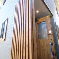 ローコスト住宅山口防府の外観、玄関
