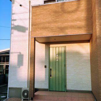 ローコスト住宅山口宇部の外観と玄関